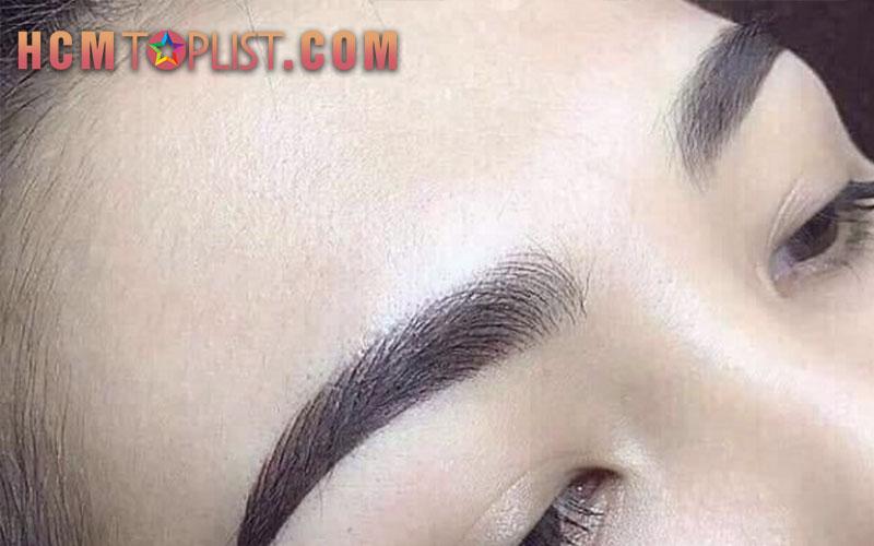 dieu-khac-chan-may-jennie-brows-hcmtoplist
