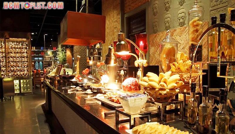 cham-charm-nha-hang-buffet-cuc-sang-trong-tai-quan-7-hcmtoplist