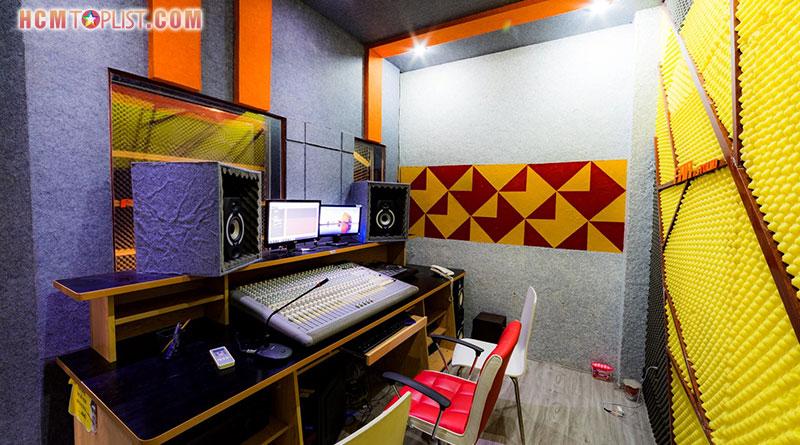 fan-studio-hcmtoplist