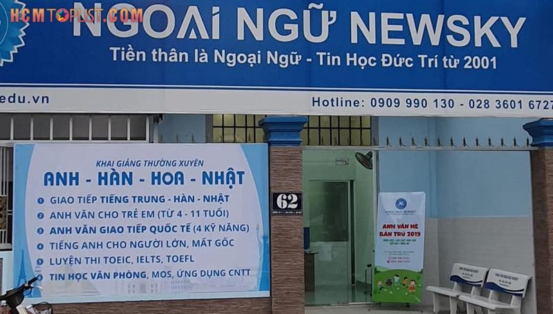 hoc-anh-van-giao-tiep-newsky-hcmtoplist
