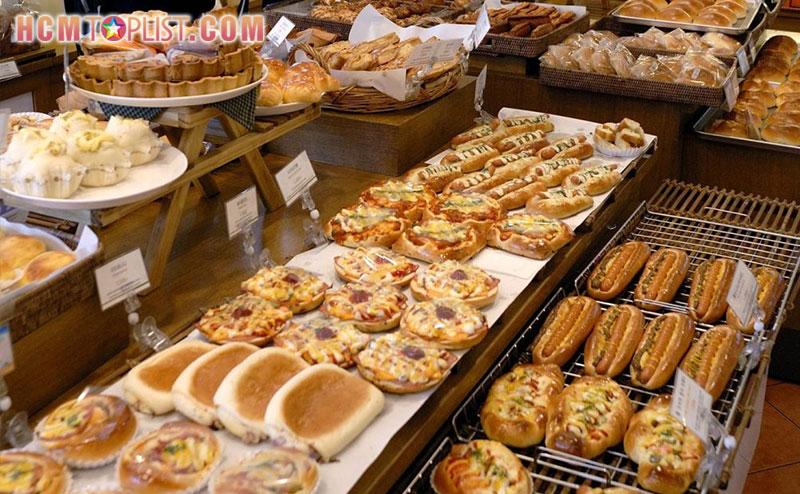 paris-baguette-hcmtoplist