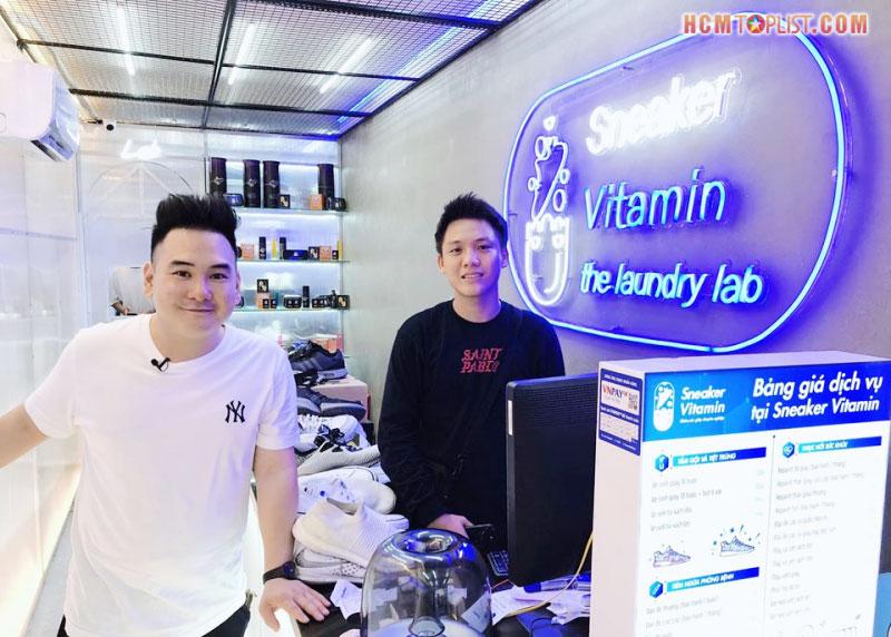 ve-sinh-giay-sneaker-vitamin-hcmtoplist
