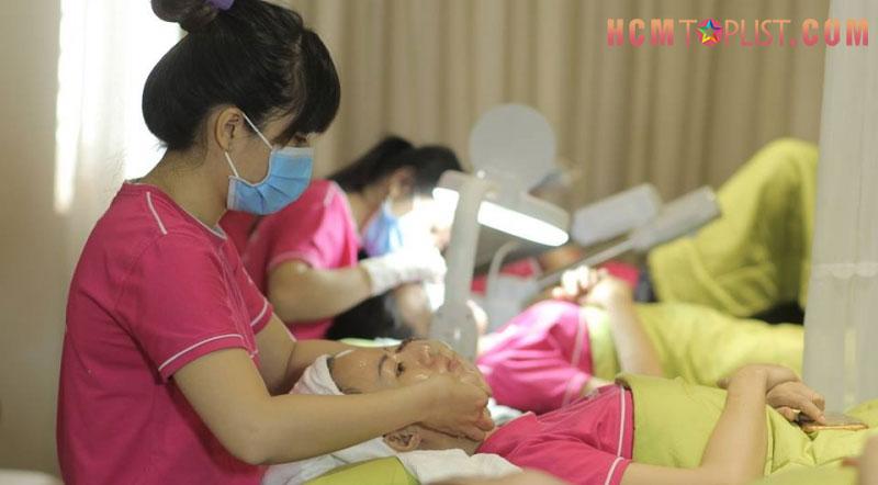 vo-dung-trung-tam-hoc-massage-uy-tin-tai-tp-hcm-hcmtoplist