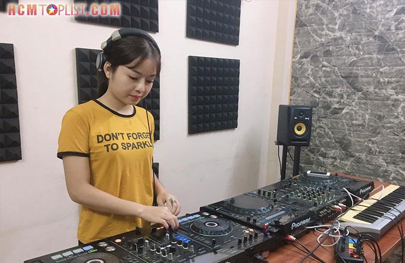 music-studio-hcmtoplist