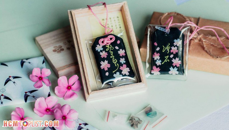 omi-japanese-gift-hcmtoplist