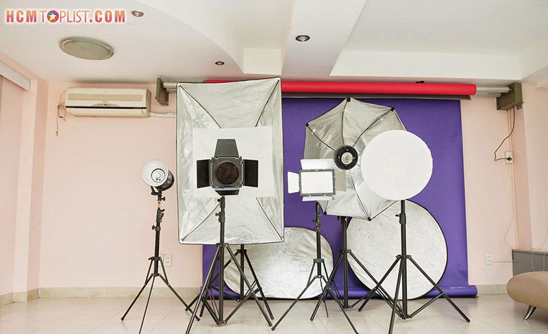 studio-saigon-show-chup-hinh-the-chuyen-nghiep-tphcm-hcmtoplist