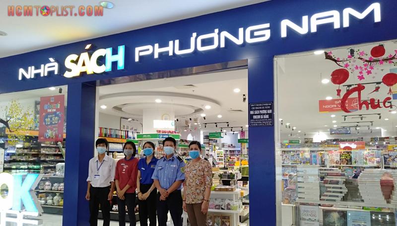 nha-sach-phuong-nam-hcmtoplist