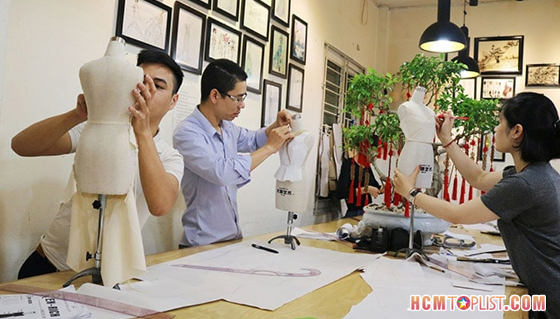 trung-tam-day-cat-may-co-phuong-hcmtoplist