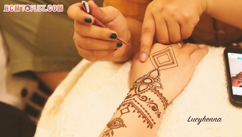lucy-henna-hcmtoplist