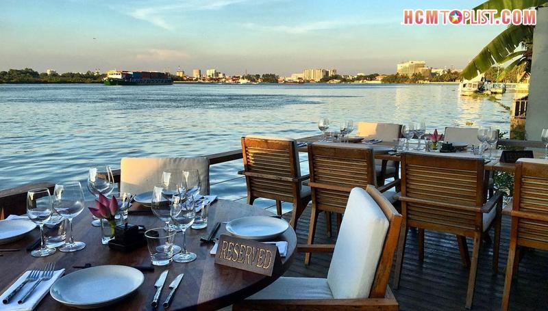 nha-hang-the-deck-saigon-hcmtoplist