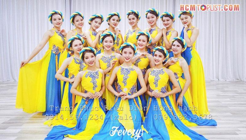 trang-phuc-bieu-dien-hong-hanh-hcmtoplist